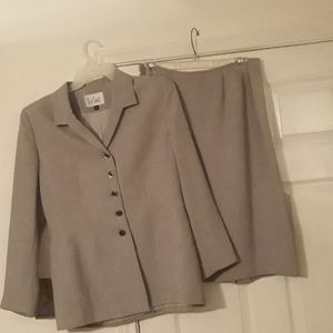 Ladies suit vintage